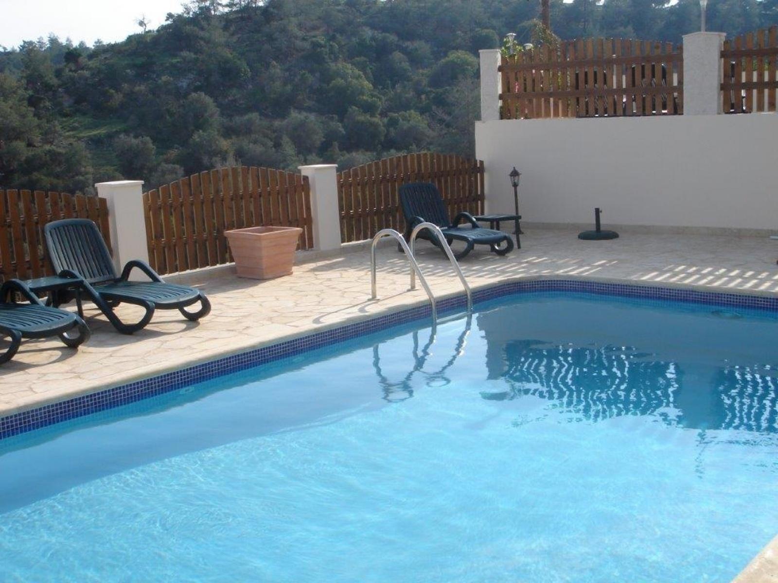 Residential Villa - Neo Chorio Villa For Sale