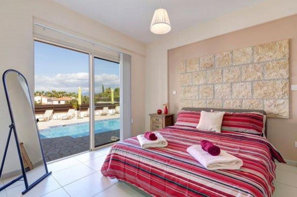 Latsi Luxury Villa